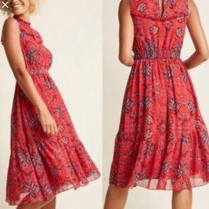 MODCLOTH floral paisley keyhole high neck dress